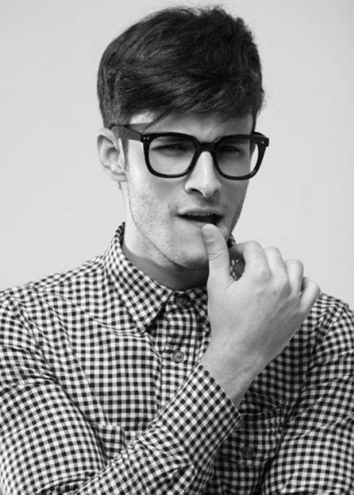 Sexy nerd men